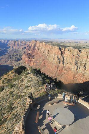 グランドキャニオン、有名なビュー ポイント。グランドキャニオン、アリゾナ州、アメリカ合衆国-2013 年 3 月 29、