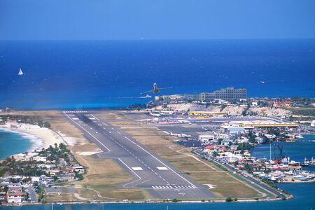 juliana: Princess Juliana Airport