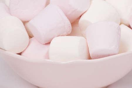 heap: Heap Of Marshmallows In A Bowl.