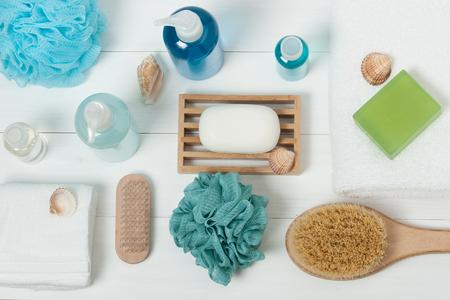 Spa Kit. Shampoo, Soap Bar And Liquid. Shower Gel, Aromatherapy Salt. Top View 스톡 콘텐츠