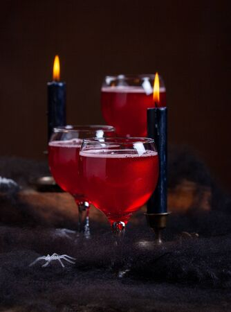 Halloween Poisoned Apple Cider Cocktail On Dark Moody Background Imagens