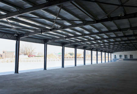 Warehouse,a open and unmanned building structure for parking