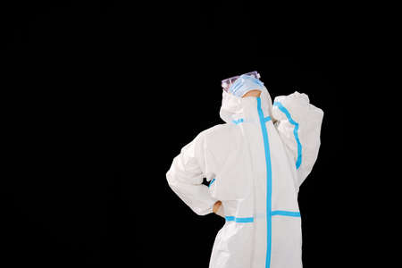 a Female doctor in medical protective clothing