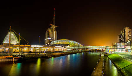 Night in Bremerhaven, nicely illuminated