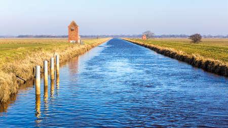 leer: The Nordgeorgsfehnkanal near Stickhausen in East Frisia near the river Jümme Stock Photo