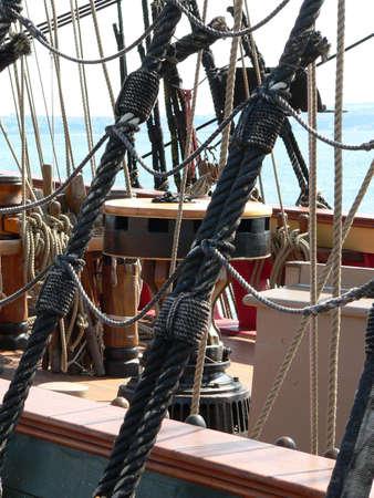 bounty: Cabrestante, HMS Bounty  Foto de archivo
