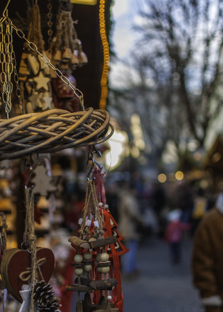 Christmas Markets: Christmas stalls 版權商用圖片