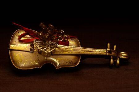 黄金のヴァイオリン 写真素材
