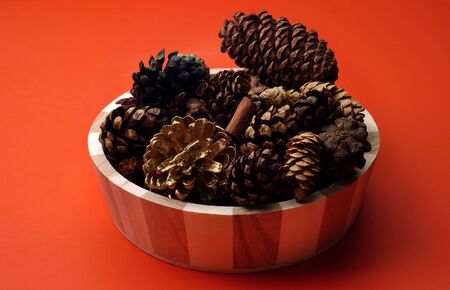 pinecones: Scented Pinecones