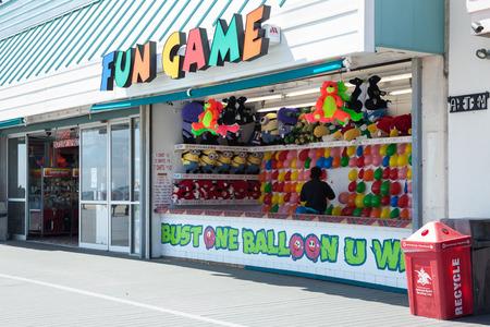 pleasant: POINT PLEASANT, NJ - APRIL 5: Beachside amusement games on the Point Pleasant boardwalk.  Photo taken April 5, 2014.