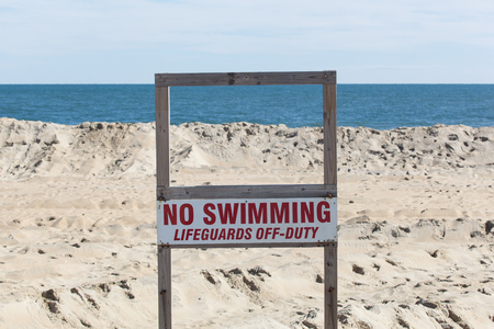 no swimming sign: No Swimming Sign