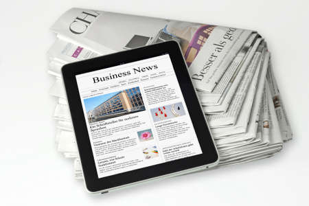 periodicos: forma impresa o electrónica de noticias de prensa