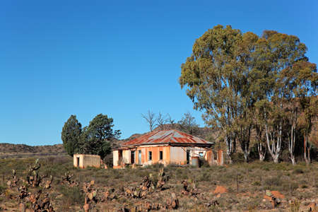 Abandoned rural farm house, South Africa Stock Photo - 19375435