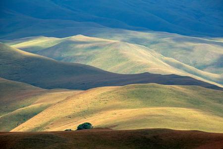 Scenic drakensberg mountain landscape, Giants Castle nature reserve, South Africa Imagens