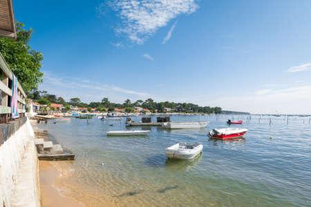 Baie d'Arcachon, France, vue sur la baie Banque d'images - 84610747