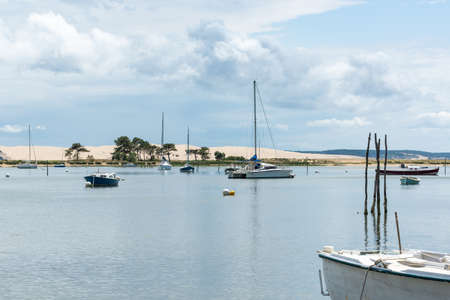 Arcachon Bay, France, view over the dune of Pilat from Cap Ferret Banque d'images - 103835378