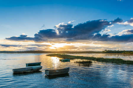 Bassin d'Arcachon, France. Sunset on the Salt Meadows of Lege and Ares Banque d'images - 115192741