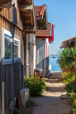 Arcachon Bay, France. Fishers house in the village of 'The Grass' Banque d'images - 117161547