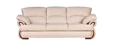 Beżowa sofa na białym tle