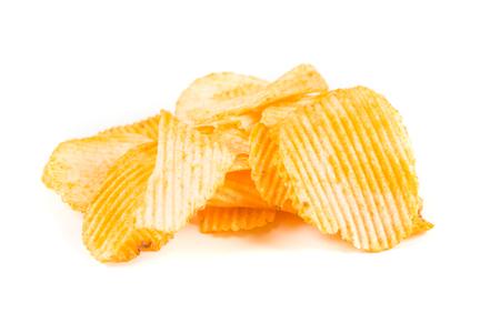 白い背景に分離されたチェダー チーズ サワー クリーム チップ 写真素材