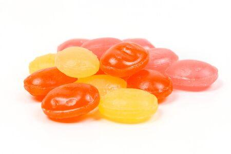 흰색 배경에 고립 된 과일 냉 대 마름모