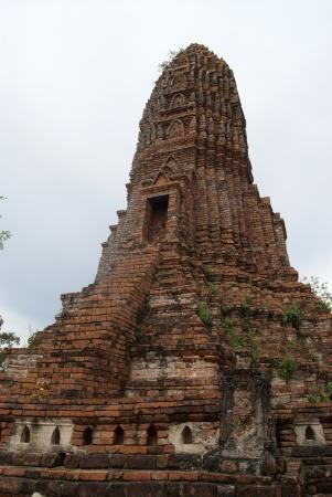 ancient pass: Worachet temple in Ayutthaya, Thailand