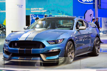 mustang gt: Detroit, MI, USA - January 13, 2015: Ford Shelby GT 350 R on display during the 2015 Detroit International Auto Show at the COBO Center in downtown Detroit. Editorial