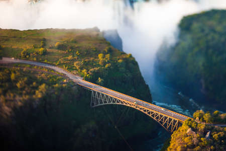 Bridge at Victoria Falls, een bungee-jumping hot spot Stockfoto