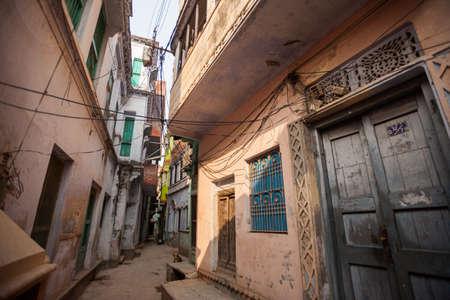 benares: The narrow alleyways of Varanasi (Banaras), India