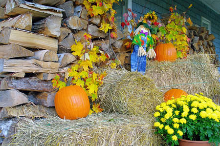 The poarch of a house decorated for fall Stock Photo - 15794389