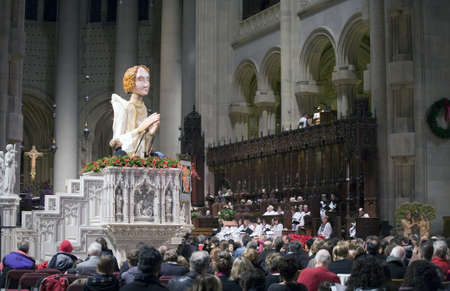 New York, New York - DECEMBER 24: Christmas Eve Mass at The Cathedral of St. John the Divine.  Taken December 25th in New York, New York. Redakční