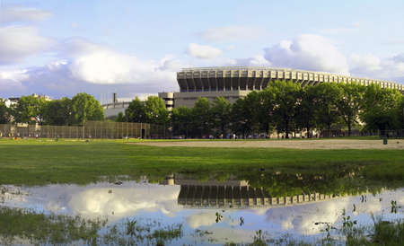 bronx county: BRONX, NEW YORK - APRIL 9: Old Yankee Stadium before it was torn down as viewed from Mccombs park.  Park is now location of the new stadium. Photographed April 9, 2006 in the Bronx, NY.