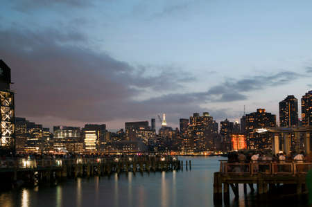 gantry: QUEENS, NEW YORK - JULY 4: View of Manhattan as seen from  Gantry Plaza State Park in Long Island City.   Taken July 4, 2015 in Queens, NY. Editorial