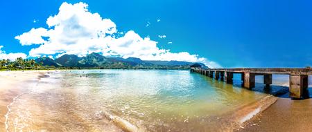 wijds uitzicht van de natuurlijke paradijs Hanalei Bay, Kauai Island - Hawaï Stockfoto