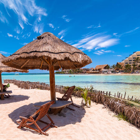 mujeres: day view of tropical sea and coastline on famous Playa del Norte beach in Isla Mujeres, Mexico.