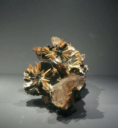 shiny: Rutile and hematite minerals