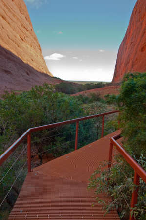 kata: view of Kata Tjuta, australian red center