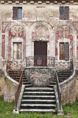 abandoned old house in Tuscany, Italy photo