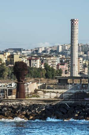 disused: zona industrial en desuso en Bagnoli, Naples, Italia
