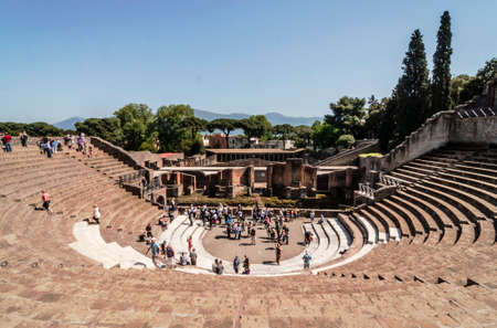 view of the ruins of roman Theater in Pompeii, Italy Standard-Bild