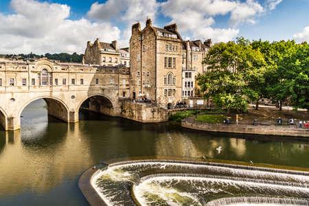 BATH - JULY 18: View of the Pulteney Bridge River Avon on July 18, 2015 in Bath, England