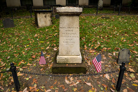 Boston Commons burial ground, gravestones, historical figures from American Revolution, historic cemetery, famous Freedom Trail in Boston - Boston, MA, USA