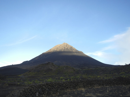 Volcanic cone in morning Standard-Bild