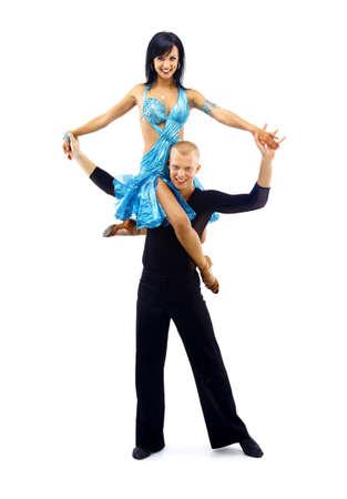 bailes latinos: bailarines en acción aislada en blanco