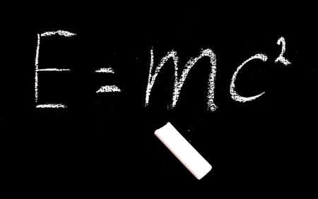 simbolos matematicos: Bien conocida fórmula física Foto de archivo