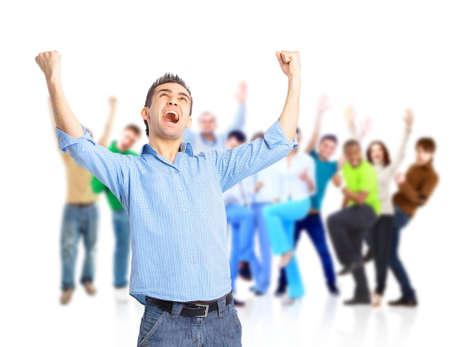 victoire: groupe de gens heureux �treindre et les acclamations
