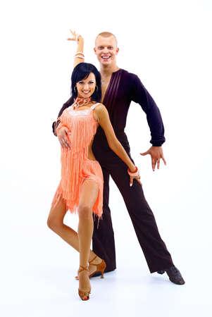 pareja bailando: pareja de baile joven sobre blanco backgrond Foto de archivo