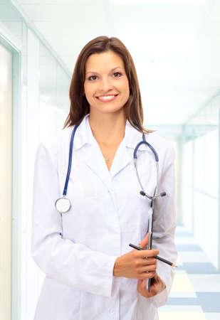 doctora: Hermosa joven m�dico con estetoscopio