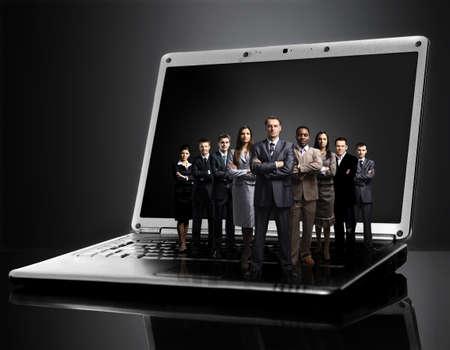 team leader: business team on laptop