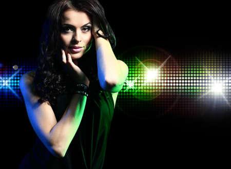 Portret van dansend meisje op de disco party Stockfoto